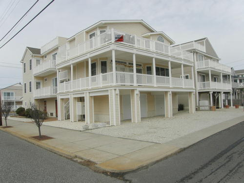 Ocean City Vacation Rentals Central (15th-23rd) 1743 Central Avenue