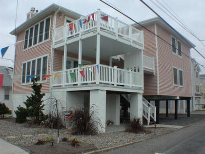 Ocean City Vacation Rentals Gold Coast (24rd-35th) 305 31st Street