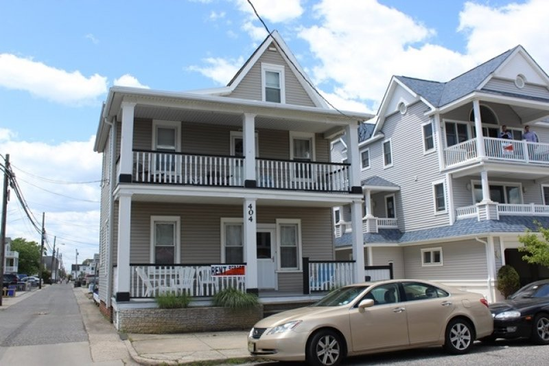 Ocean City Vacation Rentals Boardwalk (7th-14th) 404 E 14th Street