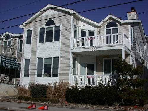 Ocean City Vacation Rentals Central (15th-23rd) 605 Eighteenth