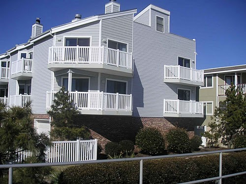 Ocean City Vacation Rentals Beach Front 1619 Wesley Ave.