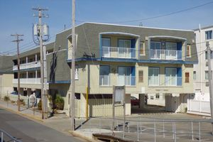 Ocean City Vacation Rentals Beach Front 875 Plymouth Place(Oceanside Condos)